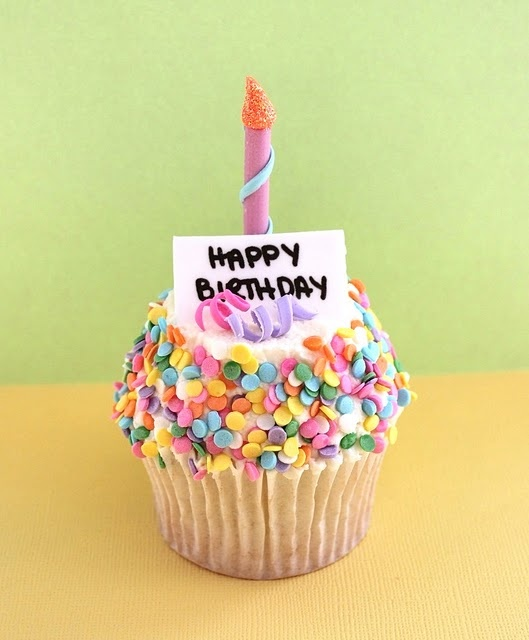 Fine Birthday Quotes Happy Birthday Cupcakes Omg Quotes Your Funny Birthday Cards Online Eattedamsfinfo